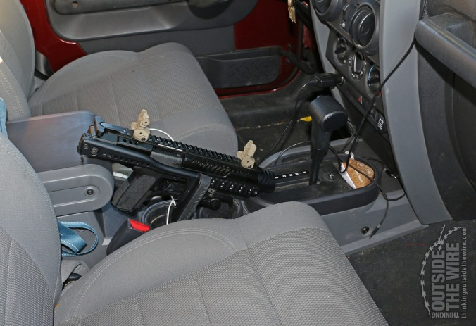 SIG 2022 in a KPOS in the same position in the Jeep.